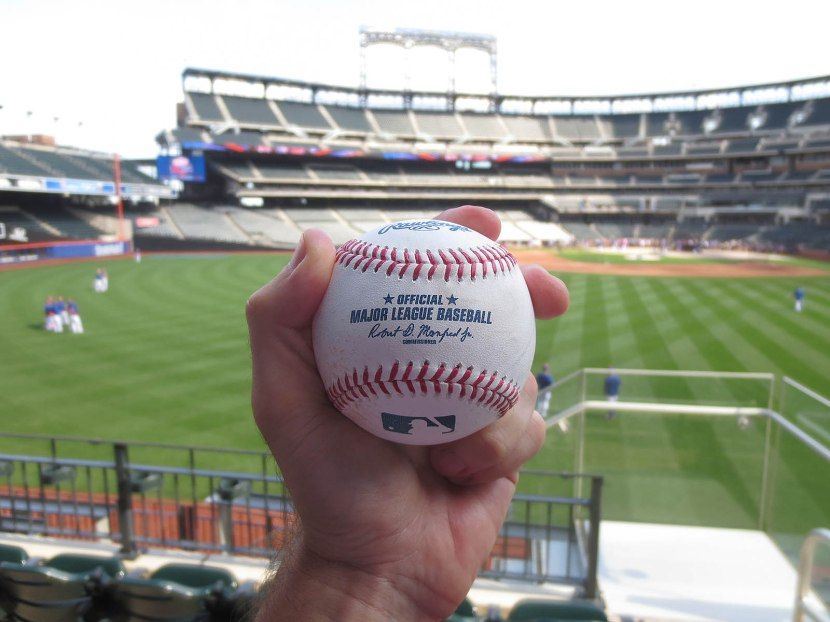 13_ball8286_bp_homer_by_the_mets