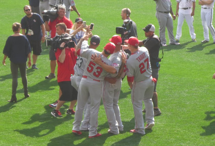 19_nelson_cruz_taking_a_selfie_with_albert_pujols_and_mike_trout
