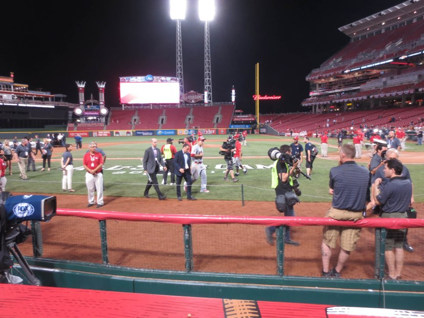 47_mike_trout_walking_off_the_field