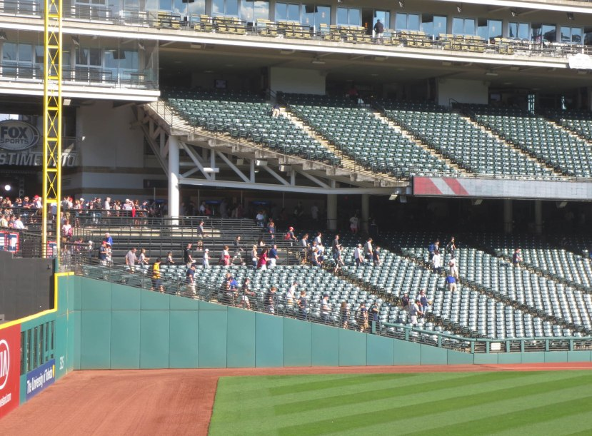 15_fans_entering_foul_territory