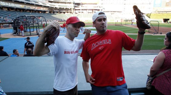 18_zack_and_big_cat_wearing_angels_gear