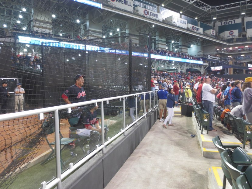 42_everyone_standing_in_the_9th_inning