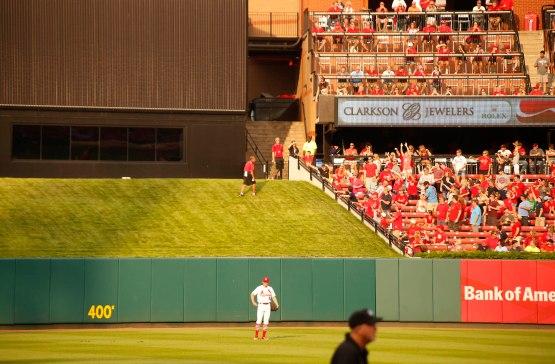 13_usher_retrieving_home_run_ball
