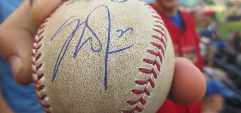 24_fan_with_a_mike_trout_autograph