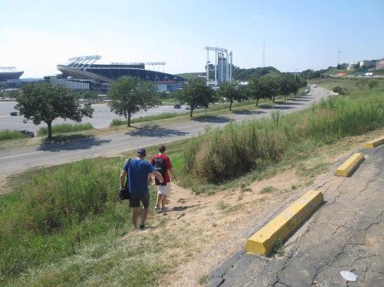 6_walking_to_kauffman_stadium