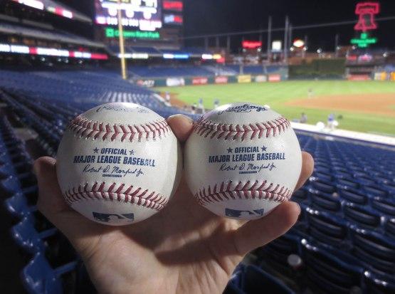 32_two_home_run_balls_09_16_15