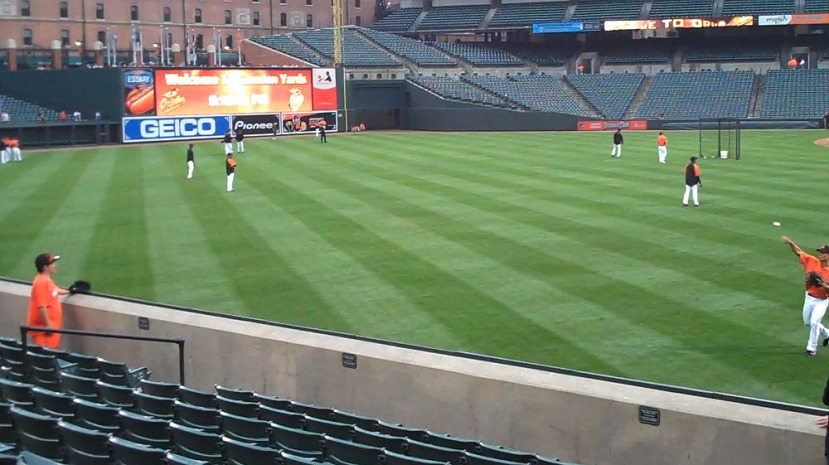 4_playing_catch_with_jeremy_guthrie