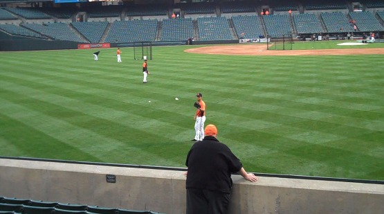 6_playing_catch_with_jeremy_guthrie