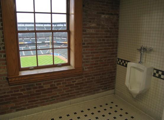9_camden_club_bathroom
