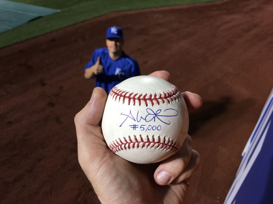 15_ball5000_signed_with_jeremy_guthrie_giving_a_thumb_up_in_the_background