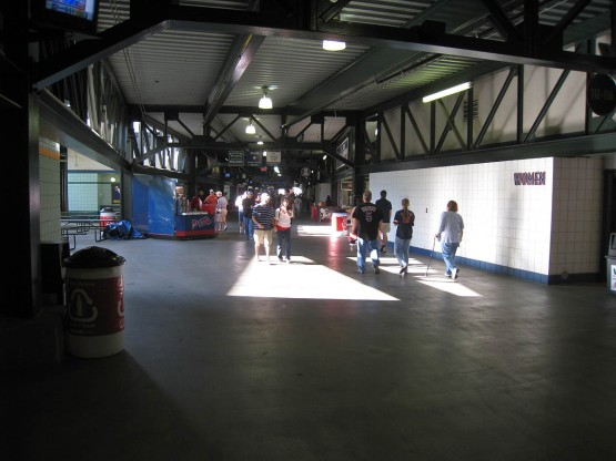 9_turner_field_level_concourse