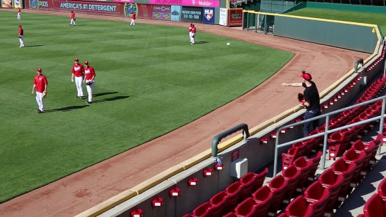 13_zack_playing_catch_with_ball8869