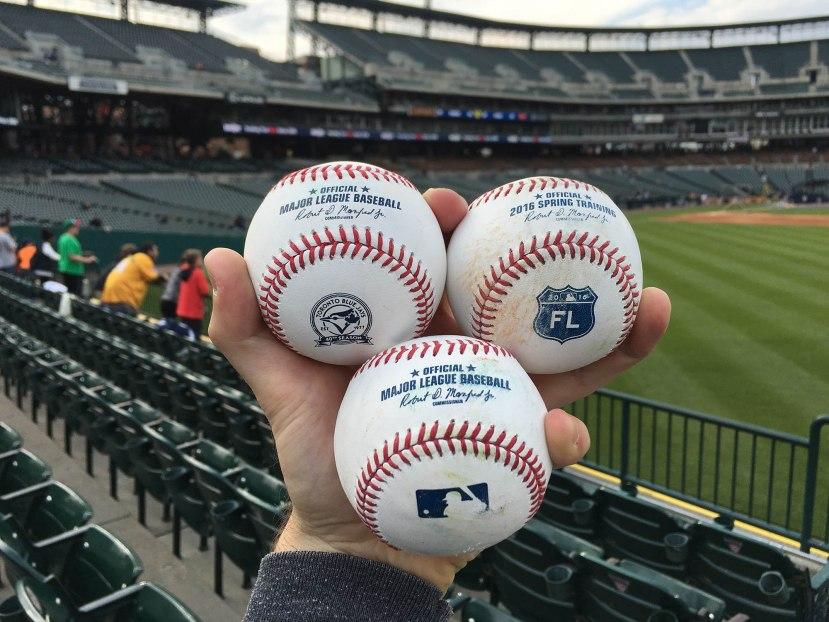 25_nice_variety_of_baseballs
