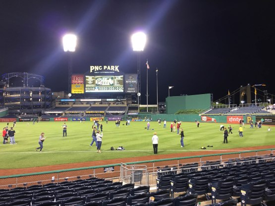 29_fans_playing_catch_on_the_field_after_the_game