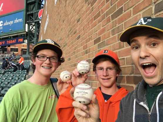 35_ben_brandon_zack_with_baseballs