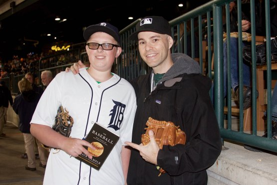 42_zack_and_billy_with_the_baseball