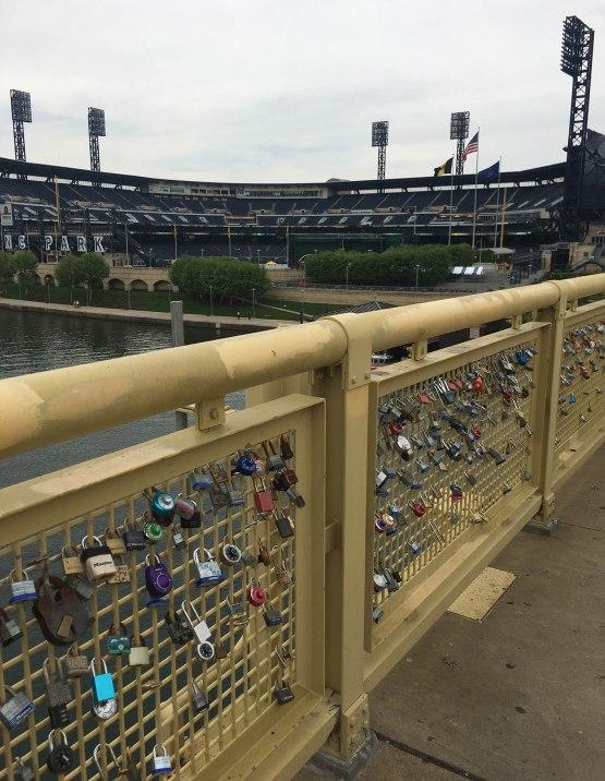 4_locks_on_bridge_to_pnc_park