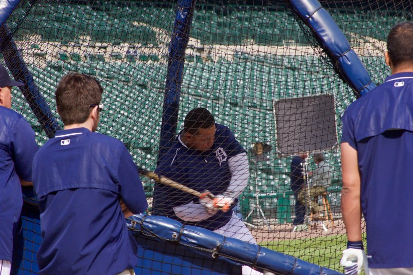 6_miguel_cabrera_taking_bp_photo_by_muneesh_from_the_field