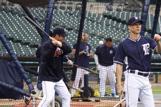 8_brad_ausmus_hitting_fungos_photo_by_muneesh_jain
