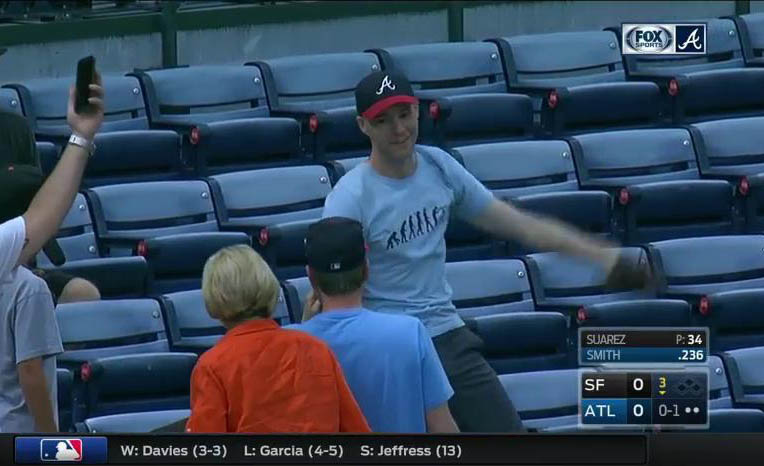 36_zack_on_tv_after_catching_ball8928