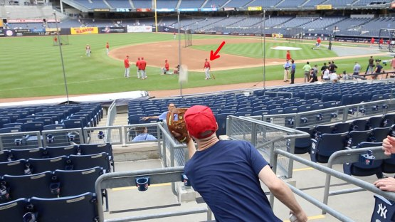 12_zack_catching_ball9855_thrown_by_dino_ebel