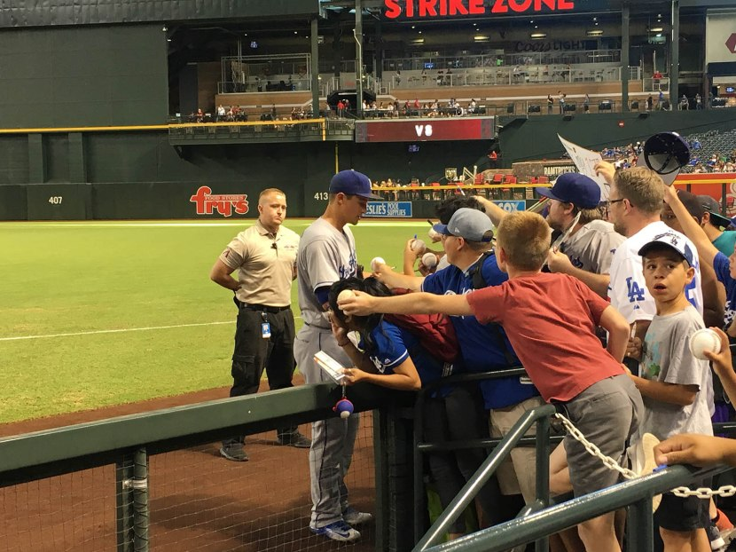 37_corey_seager_signing_autographs