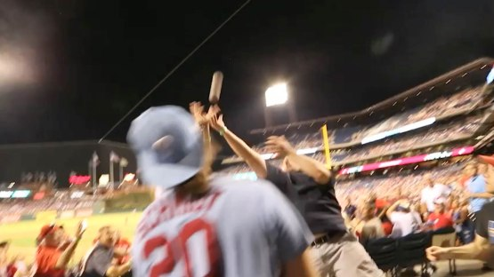 12_fans_reaching_for_a_foul_ball_07_17_16