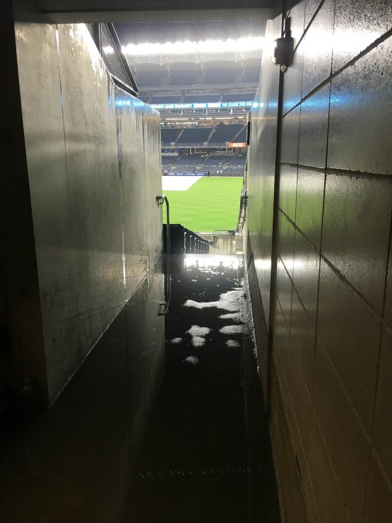 12_wet_tunnel_in_right_field