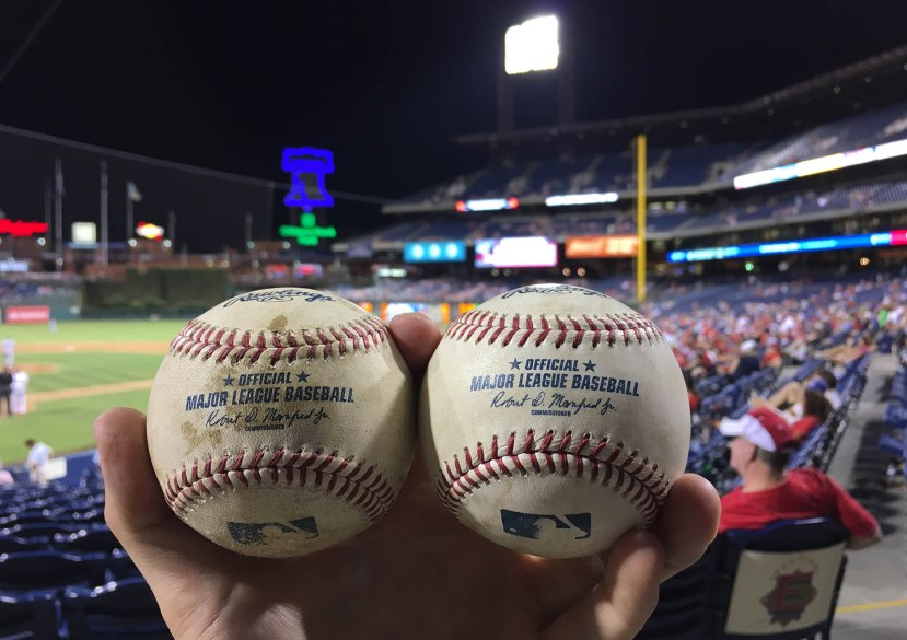 23_two_foul_balls_during_game_07_17_16