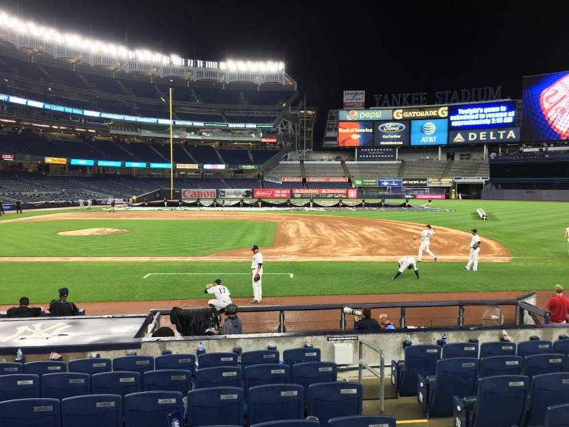 27_yankees_players_warming_up_at_204am