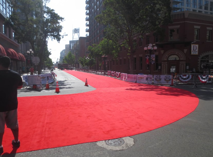 3_red_carpeting_for_parade