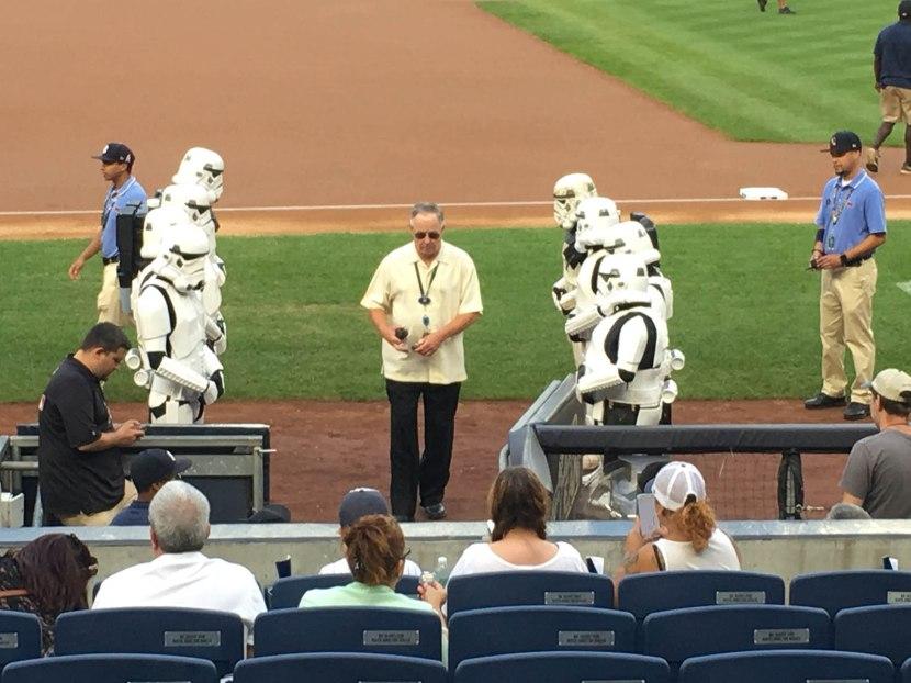 5_star_wars_night_stormtroopers