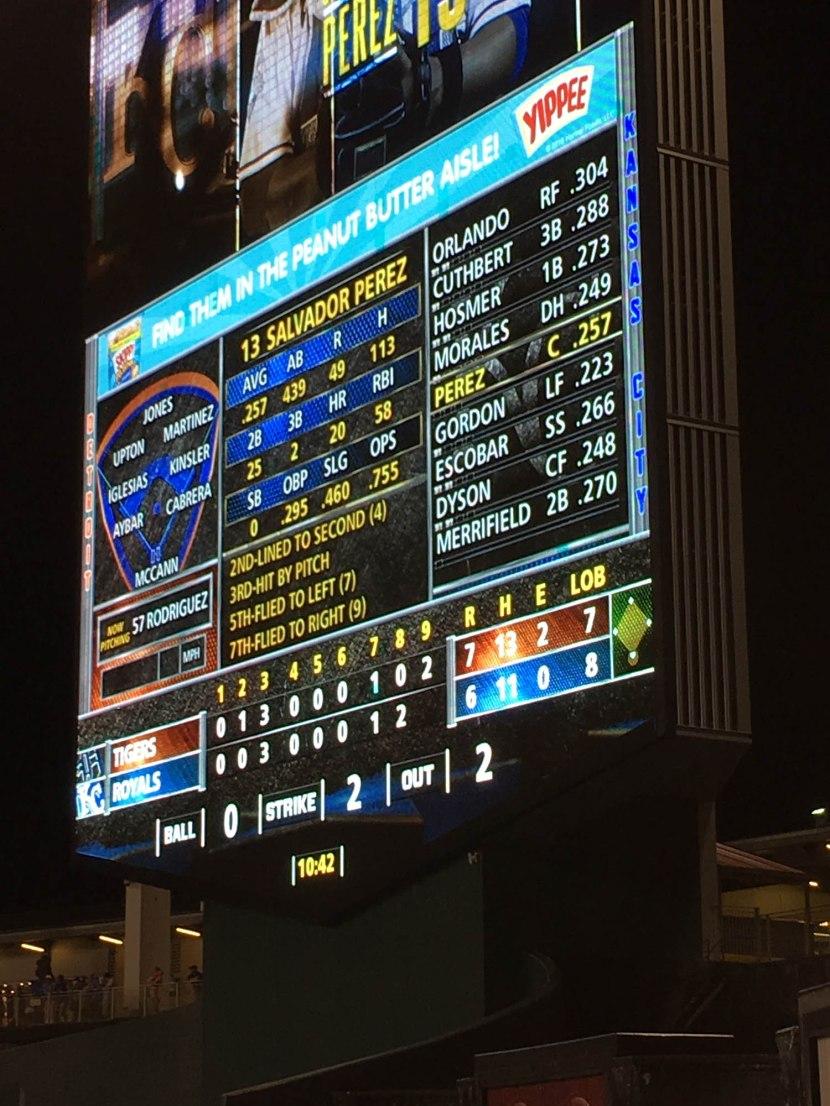 20_scoreboard_in_9th_inning_09_02_16
