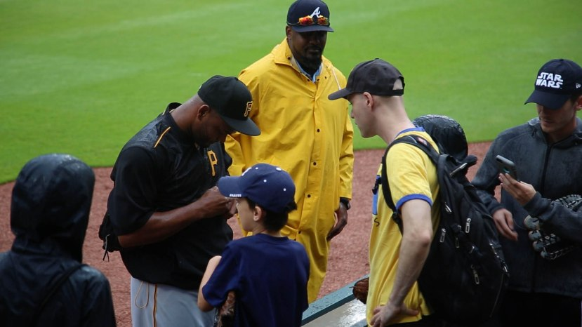 13_ben_getting_autographs
